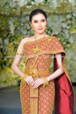 เช่าชุดไทยจักรี ร้่นชุดแต่งงาน