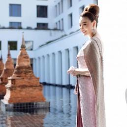 ชุดไทยจักรพรรดิ