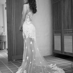 ชุดแต่งงานสำหรับเจ้าสาว ผ้าลูกไม้